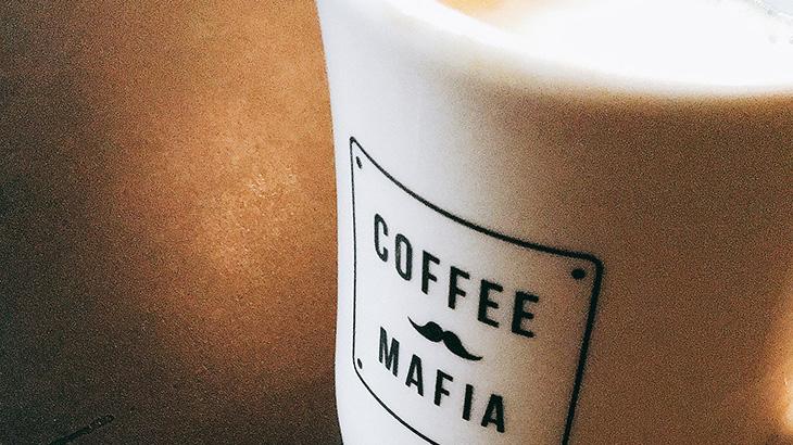 「ビジネスマン カフェ」の画像検索結果